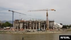 Уставен суд - нова зграда во градба