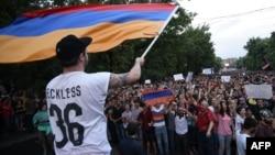 Երևան, Բաղրամյան պողոտա, 25-ը հունիսի, 2015թ․