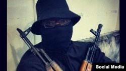 Боевик «Исламского государства», известный как Абукака Британи.
