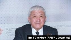 Дене тарбия жана спорт боюнча мамлекеттик агенттигинин жетекчиси Кадырбек Эргешов.