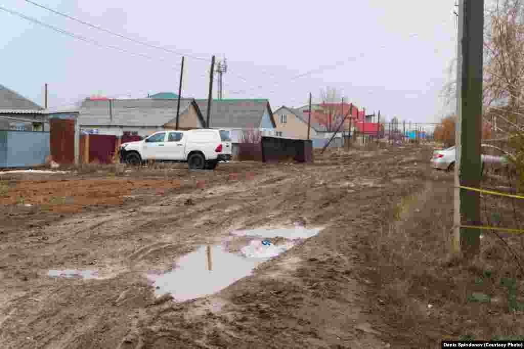 Чаще всего плохие дороги встречаются в районах с частными домами. Даже если это большие коттеджные поселки.