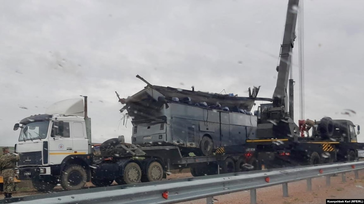 Вблизи Москвы столкнулись фура и автобус с украинцами, есть пострадавшие - СМИ