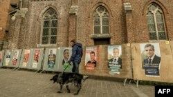 Šetnja pored predsedničkih kandidata
