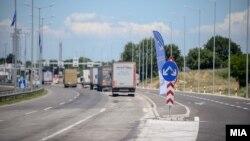 Камиони на царина на граничен премин
