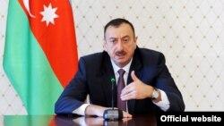 Prezident İlham Əliyev Kür daşqını ilə bağlı iclasda çıxış edir, 7 may, 2010