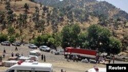 مساعدات إغاثة للنازحين بسبب القصف الإيراني قرى قرب جبل قنديل