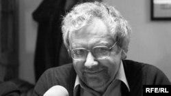 """Борис Дубин на записи программы """"Свобода в клубах"""" в 2008 г. в """"Квартире 44"""""""