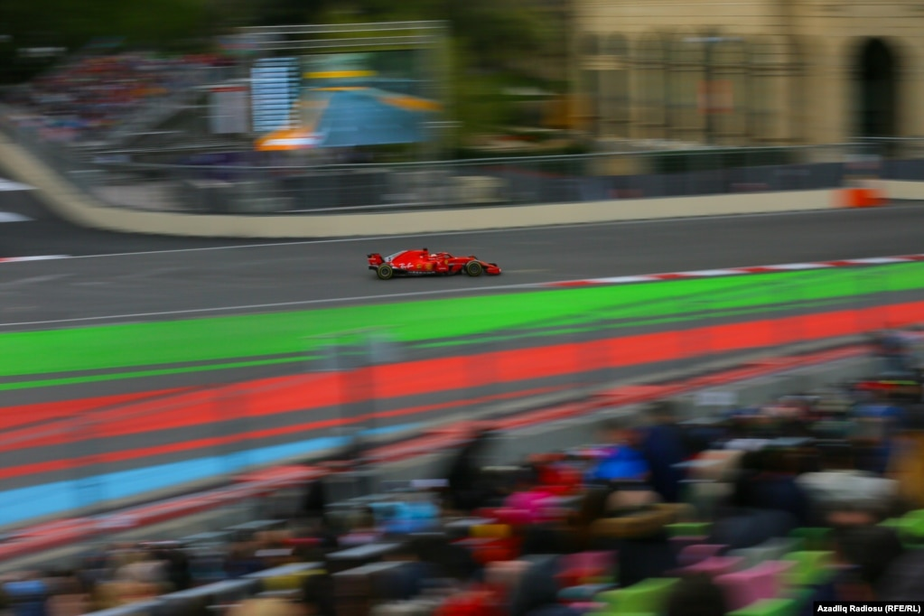 Автогонки & nbsp; & laquo; Формулы-1 & raquo;  в Баку, 29 апреля.