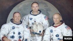 Apollon 11 missiyasının iştirakçıları. Neil Armstrong (solda), Michael Collins (orta) və Edwin Aldwin