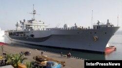 """Gürcüstan- """"USS Mount Whitney"""" flaqman gəmisi Batumidə"""