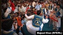 Пуштунское музыкальное представление. Иллюстративное фото.
