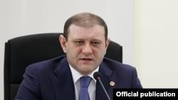 Երևանն քաղաքապետ Տարոն Մարգարյանը, արխիվ: