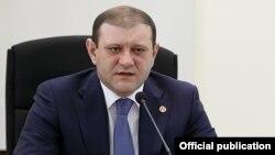 ՀՀԿ-ի քաղաքապետի թեկնածու Տարոն Մարգարյան