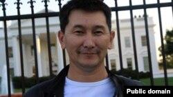 Tanymal gazak žurnalisti Lukpan Ahmedýarow.