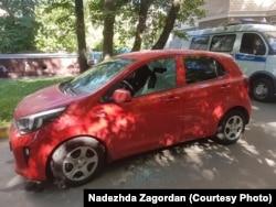 Машина Н.Загордан, облитая кислотой