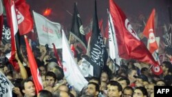 Protest podrške vladajućoj partiji u Tunisu, 3. avgust 2013.