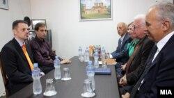 Средба на вицепремиерот Зоран Ставрески и министерот за труд и социјала Диме Спасов со претседателот на Сојузот на здруженија на пензионери на Македонија
