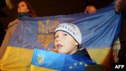 Маленький мітингувальник в Донецьку, 22 листопада 2013