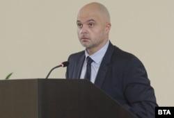 """Главният секретар на МВР Ивайло Иванов на няколко пъти отбеляза, че полицаите имат """"пълната подкрепа"""" на ръководството на министерството и """"нашия надежден партньор"""" прокуратурата"""