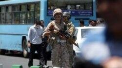 Tähran: Parlamentde, Homeininiň guburynda ok atyşyk boldy