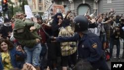 25 сентября 2012 в Мадриде демонстрации переросли в столкновения с полицией