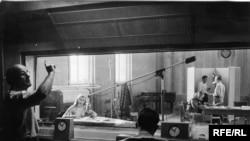 Primul studio RFE în anii 1950