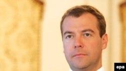 Дмитрий Медведев стал самым молодым руководителем России. В сентябре ему исполнится 43 года