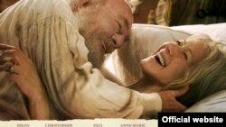 """Это фильм """"не только про нас"""", считает кинокритик Андрей Плахов. Кристофер Пламмер и Хелен Миррен на афише фильма """"Последняя станция""""."""