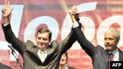 Bosnian Serb leader Milorad Dodik (left) has set himself against the central Bosnian state. Can Serbian President Boris Tadic (right) be convinced to put pressure on him?