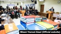 تصویری از اولین جلسه دادگاه رسیدگی به پرونده پتروشیمی