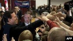 Rik Santorum me mbështetësit në Ohajo, 6 mars, 2012