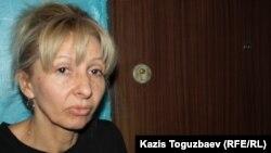 Марина Позднякова, мать подарвавшегося на гранате Романа Позднякова. Алматы, 24 марта 2014 года.