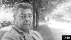 Иван Ефремов, писатель-фантаст и палеонтолог. 1970 год.