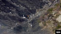 Место падения самолёта во французских Альпах