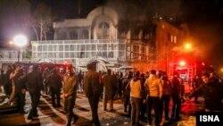 Пожар в здании посольства Саудовской Аравии в Тегеране