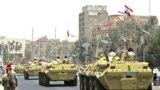 قوات عراقية تجوب الشوارع
