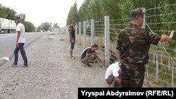 Кыргыз-өзбек чек арасын тосуу иштери. Жалал-Абад. 29-сентябрь, 2013-жыл.