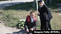 В селении Куртат ингушские и осетинские дети учатся в одной школе