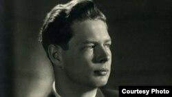 Regele Mihai în anul 1947 (imagine din arhivele Majestății Sale)
