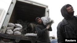 Большинство трудовых мигрантов в России фактически бесправны