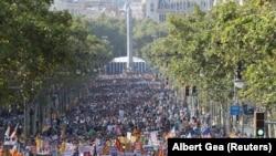 Хода в пам'ять про загиблих унаслідок нападів, Барселона, Іспанія, 26 серпня 2017 року