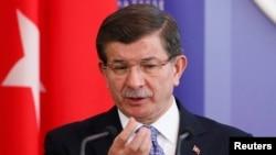 Türkiýäniň premýer-ministri Ahmet Dawutoglu.