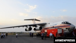 Armenia - A Russian firefighting plane is filled with water at the Erebuni airbase in Yerevan, 14Aug2017.