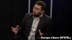 Igor Volnițchi în studioul Europei Libere la Chișinău
