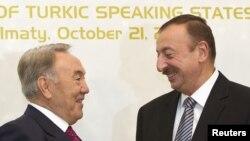 N.Nazarbaev və İ.Əliyev