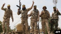 Pjesëtarë të milicisë shiite në Irak - Ilustrim