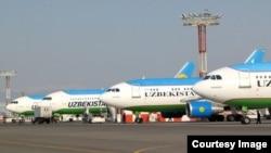Самолеты Узбекских авиалиний.