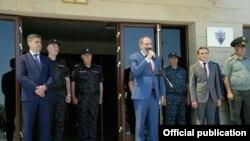 Հայաստանում տեղի է ունենում իրավապահ համակարգի և ժողովրդի հաշտեցման գործընթաց. Փաշինյան