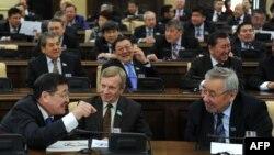 Пленарное заседание депутатов сената парламента. Астана, 14 января 2011 года. Иллюстративное фото.