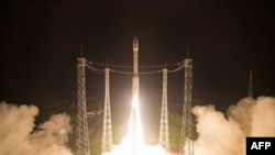 A Sentinel-2B műholdat 2017. március 7-én bocsátották fel a Francia Guyanában található Kourouból. Az Európai Unió és az Európai Űrügynökség (ESA) közös Copernicus programjának műholdja alkatrészeinek beszállítói közt magyar cégek is voltak.